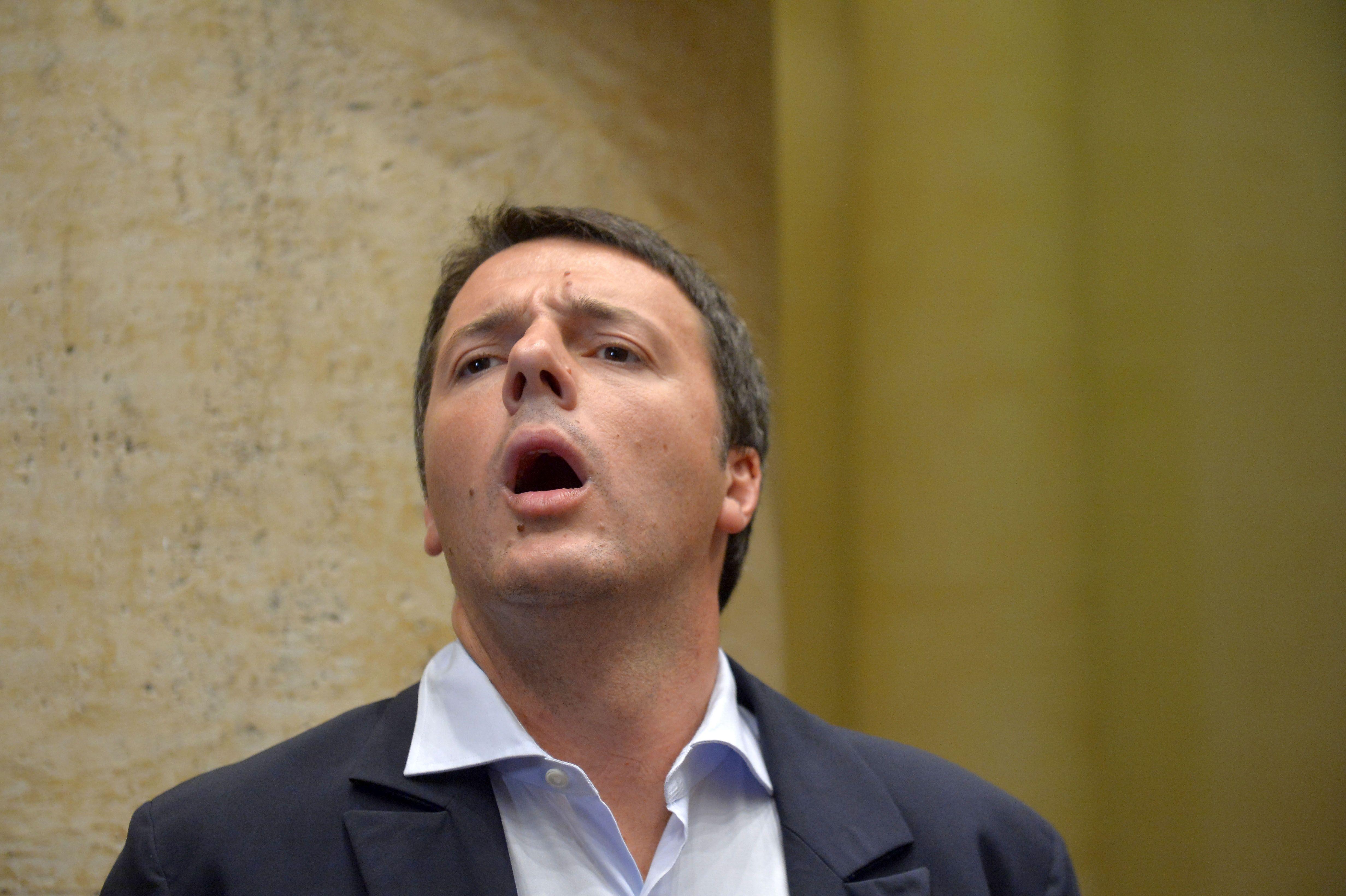 Renzi si dimette!… Dovete comunque studiare