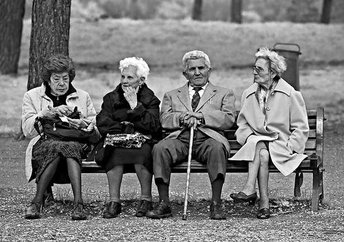 Ingegneria del suicidio trova le persone anziane
